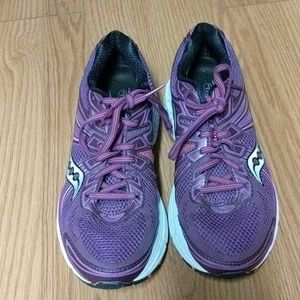 Saucony running shoes, powergrid, Omni 13, 8.5